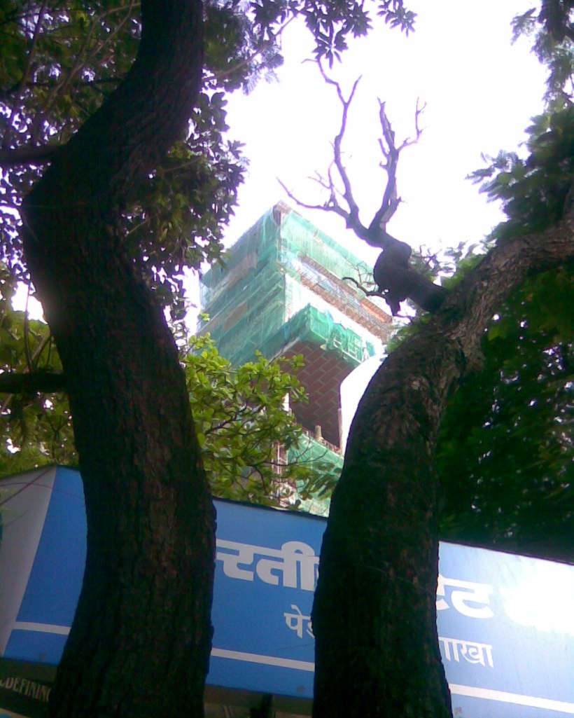 world's costliest home- Mukeshbhai's home at Pedar road